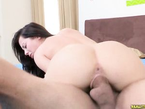 Legs Open For A Big Cock Hardcore Fucking