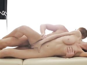Perfect Body On This Cock Riding Masseuse Slut