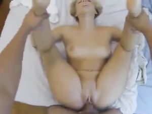 Nice Big Ass Is The Star Of A Reverse Cowgirl Fucking