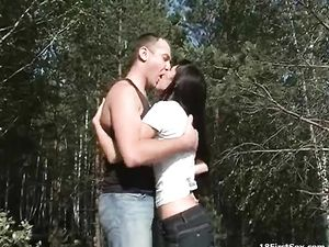 Fucking In The Woods And Making Her Teen Pussy Cum